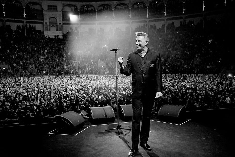 Loquillo en concierto: una clase de historia de rock español
