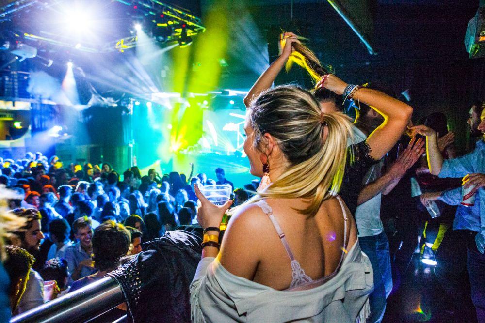 Las fiestas para españoles más multitudinarias de Londres desde 2008
