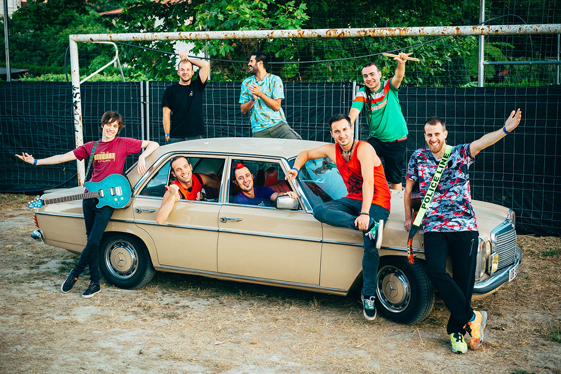 Entrevista La Pegatina <span>&quot;Somos un grupo aventurero, nos gusta conocer y aprender de otros lugares&quot;</span>